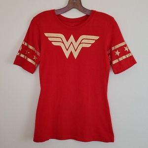 DC Wonder Woman Red & Gold Tee Shirt - S